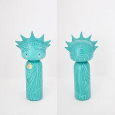 Statue of Liberty Kokeshi Doll - Sketchinc