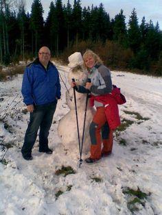 Po výšlapu jsme si postavili sněhuláka