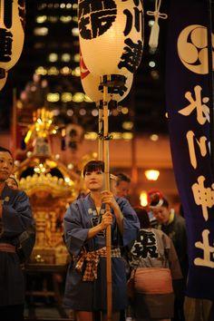 Lantern bearer, Hikawa Shrine festival