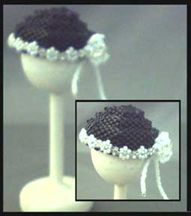 Miniature Black Hat Pattern by De Lynn Nelson at Bead-Patterns.com