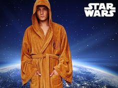 This bathrobe is perfect for the Star Wars fan who wants to have a cosy time as a Jedi knight. Best Sci Fi Films, Star Wars Jedi, Carrie Fisher, Princess Leia, Housecoat, Stars, Sterne, Star