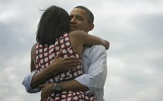 Four More Years. President Barack Obama and First Lady Michelle Obama. Pictures Of Obama, Obama Photos, Obama Images, Funny Pictures, Michelle Obama, Barack Obama, Presidente Obama, First Ladies, Mario Testino