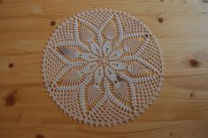 It is cotton crocheted with a hook n ° It measures 34 cm in diameter. Openwork, it will be great on a table, a table, sideboard. Couleur Ecru, Needlework, Creations, Creativity, Rugs, Handmade, Etsy, Home Decor, Trapper Keeper