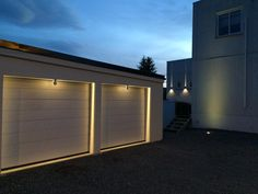 iGuzzini Trick Architectural graffic lighting. One light source 360 degree effect www.ladgroup.com.au