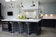 Kitchen Lighting Design Layout Living Rooms Ideas For 2019 New Kitchen Designs, Modern Kitchen Design, Kitchen Ideas, Kitchen Tips, Kitchen Layouts, Grey Kitchens, Cool Kitchens, Kitchen Grey, Kitchen Island