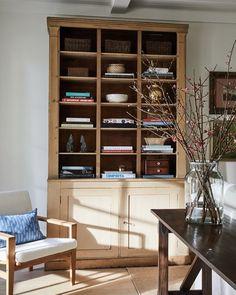 "SHERWOOD KYPREOS on Instagram: ""Little Corner 📷Sam Frost"" Little Corner, Built Ins, Frost, Bookcase, Shelves, Nooks, House, Instagram, Home Decor"