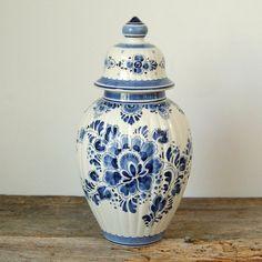 SALE Vintage Delft Blue Hand Painted por CountryAnthropology