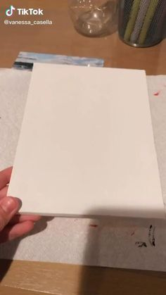Easy Canvas Art, Small Canvas Art, Diy Canvas, Canvas Board, Canvas Crafts, Diy Crafts Hacks, Diy Home Crafts, Crafts To Do, Diys