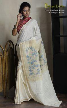 Pure Handoom Khadi Cotton Jamdani Anchal Saree in off-white color.