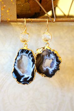 Shimmer Starry Night Geode Druzy Earring  Black  by VintagePinch #etsy #loveit #bridal #ooak #musthave #handmade #fblogger #fashion #fashionista #weddingblogger #nyblogger #bostonblogger #chicagoblogger #teacherstyle #style #instyle #anthro #anthropologie #vogue #momblogger #momfashion #latina #latinablogger #blogger #mystyle