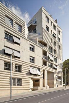111 Building / Flores Prats
