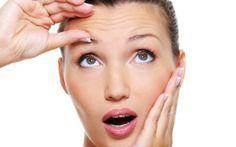 Una guida agli oli antirughe permette di imparare a prendersi cura della propria pelle e contrastare le prime rughe grazie a dei rimedi naturali.