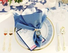 navy, compass, rope, table setting // nautical wedding reception table decor