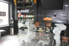 VIP Vibe, Montreal   Check out Notorious' swanky space at salonmagazine.ca #style