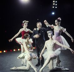 New York City Ballet - Newsweek cover shot of George Balanchine with dancers clockwise from Patricia Neary (kneeling), Patricia McBride, Suzanne Farrell and Gloria Govrin (New York) IMAGE ID: SWOPE_1213279