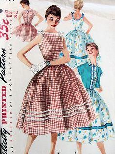 1950s FULL SKIRTED DRESS, JACKET PATTERN 2 BODICE STYLES VERY PRETTY SIMPLICITY PATTERNS 1197
