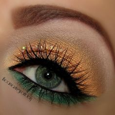 Use your imagination and pair unconventional colors together, like green and gold. This eye makeup is striking! Day Eye Makeup, Makeup For Green Eyes, Makeup Art, Beauty Makeup, Hair Makeup, Makeup Ideas, Makeup Tips, Gypsy Makeup, Fun Makeup