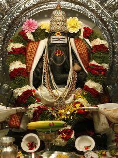 http://ganapatya.wordpress.com/tag/ganesh-puran/