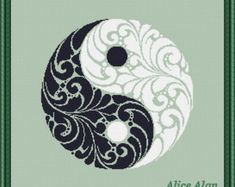 Arte Yin Yang, Ying Y Yang, Yin Yang Art, Yin Yang Tattoos, Ornaments Design, Vintage Ornaments, Counted Cross Stitch Patterns, Cross Stitch Embroidery, Yen Yang
