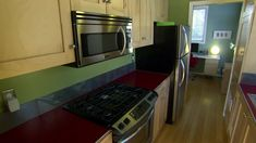 Livin' Tiny in the Orchard —TinyHouse Hunters TV Season 1 Episode 3 (3 min clip) features  360 ft² IDEABOX http://www.hgtv.com/shows/tiny-house-hunters/episodes/oregon-pear-farmers-build-tiny-home-with-a-view-in-their-orchard  (video link) http://www.hgtv.com/shows/tiny-house-hunters/episodes/oregon-pear-farmers-build-tiny-home-with-a-view-in-their-orchard