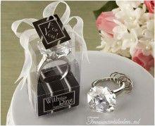 sleutelhanger diamond ring