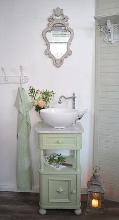 Shabby Chic Home Decor Upstairs Bathrooms, Downstairs Bathroom, Bathroom Renos, Bathroom Furniture, Small Bathroom, Vanity Bathroom, Chic Bathrooms, Baños Shabby Chic, Ideas Baños