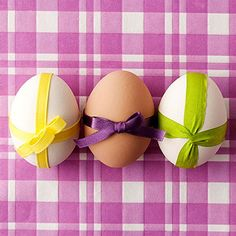 Dye-Free Easter Eggs: Egg-ceptional Gifts (via Parents.com) ~~ Tie scraps of ribbon around eggs for a perfectly packaged Easter display.