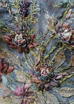 satin and silk ribbon embroidery Ribbon Embroidery Tutorial, Silk Ribbon Embroidery, Beaded Embroidery, Embroidery Stitches, Embroidery Patterns, Hand Embroidery, Textiles, Flower Costume, Game Of Thrones Costumes