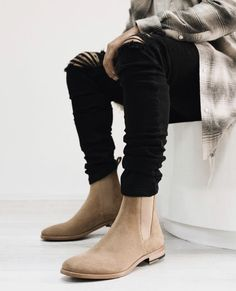 Chelsea Boots Outfit, Black Leather Chelsea Boots, Mens Shoes Boots, Mens Boots Fashion, Mens Rugged Boots, Business Casual Attire For Men, Mens Clothing Styles, Dress, Clothes