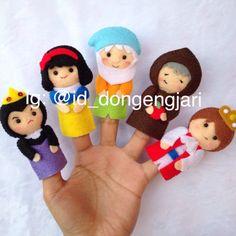 Snow White theme felt finger puppet Check my instagram: @id_dongengjari