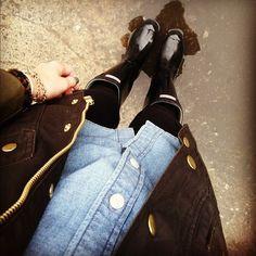 chambray shirt + field coat + black leggings + black Hunter wellies