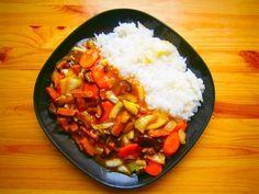 Robi čína s jasmínovou rýží #vegan #rýže #soja #čína #mrkev #houby #čínskézelí Tofu, Seitan, Salsa, Grains, Ethnic Recipes, Salsa Music, Seeds, Korn