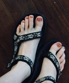 Sport Sandals, Dressing, Cute, Shoes, Fashion, Moda, Zapatos, Shoes Outlet, Fashion Styles