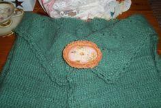 """Textilbrosche """"Spring Rose"""" -  http://de.dawanda.com/shop/ursulavongranegg/1125205-Broschen-und-Anstecker - Facebook page: https://www.facebook.com/Wilhelmine-Wiesenkraut-802474093168101/timeline/?ref=hl"""