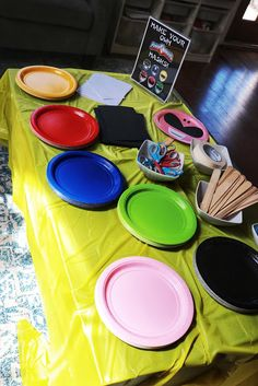 Go Go Power Rangers! How to Throw a Mighty Morphin' Power Rangers-Themed Birthday Party Mask making craft activity with paper plates for the perfect Mighty [. Superhero Party Games, Tween Party Games, Bridal Party Games, Princess Party Games, Party Favors, Engagement Party Games, Superhero Birthday Party, Birthday Party Games, 6th Birthday Parties