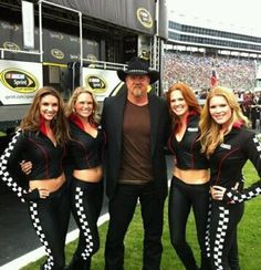 Great American Sweethearts with Trace Atkins! http://www.facebook.com/GreatAmericanSweethearts