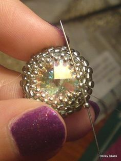 Basic beaded rivoli (Tutorial on Youtube)