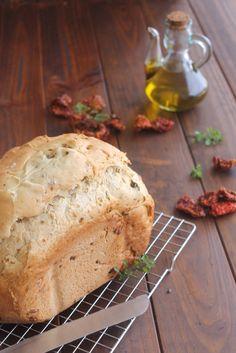 Cocina compartida: PAN DE MOLDE CON TOMATES SECOS Y CEBOLLA CRUJIENTE (En panificadora)