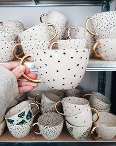 - handmade mugs Ceramic Cups, Ceramic Pottery, Ceramic Art, Decorative Accessories, Home Accessories, Ceramic Studio, Deco Design, Cute Mugs, Handmade Home Decor
