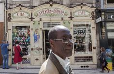A pérola negra do Bolhão; fotografia de rua no Porto. — Javi Calvo Fotógrafo – Street Photography