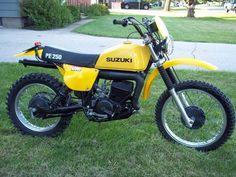 1977- Suzuki PE250B