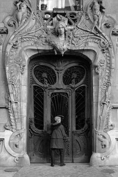 Amazing Art Nouveau doorway in Paris, with a local woman who lives there. Art Nouveau Architecture, Amazing Architecture, Art And Architecture, Architecture Details, Cool Doors, Unique Doors, Architectural Elements, Gates, Doorway