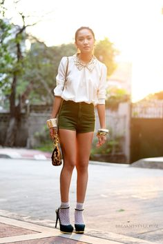 Laureen Uy, Fashion Blogger from Manila. Blog: Break My Style