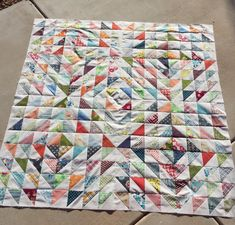 Katy: hst quilt top - great lay out!