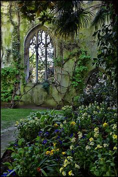 St Dunstan, East London, England