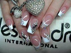 Nice Stunning White Nail Art Designs http://www.designsnext.com/?p=33075
