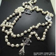CHANEL. Collana perle e charms