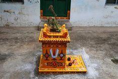 Peruru is a small village located near Amlapuram in the East Godavari district of coastal Andhra Pradesh. The village has some of the oldest houses from the region. Indian Room Decor, Tulsi Plant, Minimal House Design, Free Hand Designs, India Home Decor, Pooja Mandir, Pooja Room Door Design, Muggulu Design, Beautiful Dark Art