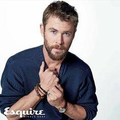 """548 """"Μου αρέσει!"""", 11 σχόλια - Chris Hemsworth (@chrishemsworthlovely) στο Instagram: """"✔✔@chrishemsworth on the cover of September issue of @esquiremiddleeast Chris Hemsworth, Esquire…"""""""