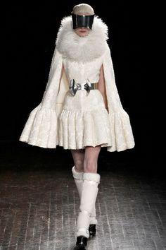 Alexander McQueen Ready-To-Wear F/W 2012-13